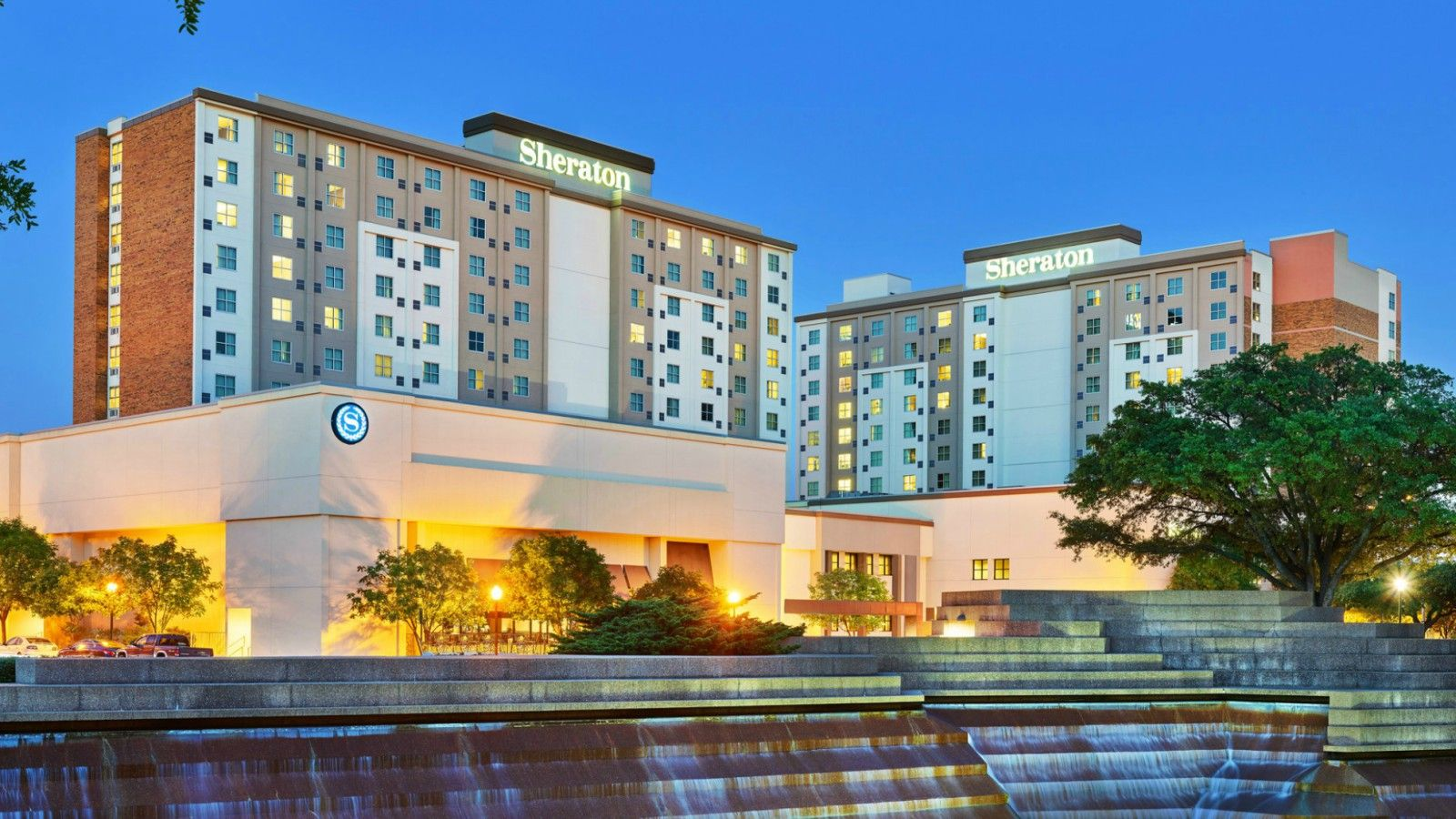 Hotels Near TCU - Exclusive Offer - Sheraton Fort Worth Downtown Hotel